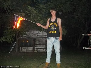 dylann-roof-flag-burning